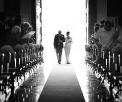 Dario Imparato Foto - L'entrata in chiesa
