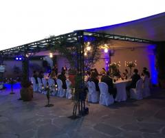 Il giardino di Villa Lina - La festa di nozze alla sera