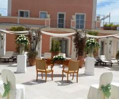 Villa San Martino - La cerimonia civile all'aperto
