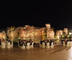 Ricevimento di nozze a bordo fontana
