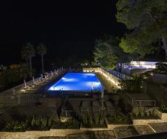 Grand Hotel Riviera - La piscina di notte