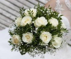 Le Rose di Zucchero Filato -Bouquet in bianco