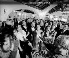 Balli e canti durante il ricevimento
