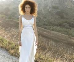 Angela Pascale Spose - Abito da sposa a sottoveste con ampia cinta in strass