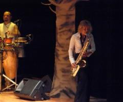 Sax Blond Letizia Brunetti - Un vasto repertorio di musica live