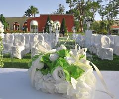 Allestimento per un matrimonio total white
