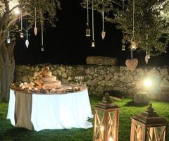 Decorazioni per un ricevimento di nozze serale
