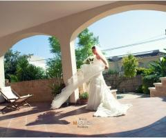 Foto della sposa nella location di nozze