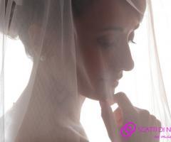 Fotografia della sposa con il velo