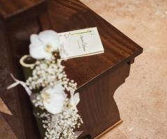 My White Carpet - Il libretto delle preghiere