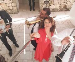 Miss Giulia's Musica e Animazione - Si suona