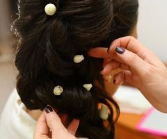 Rosa Laguardia Hair Style - L'acconciatura prende forma
