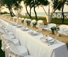 Guna Beach Club - Tavolata di nozze
