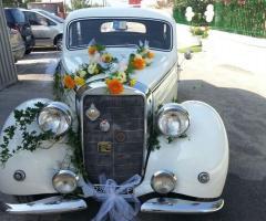 Antony Live - Mercedes 170DS addobbata per le nozze