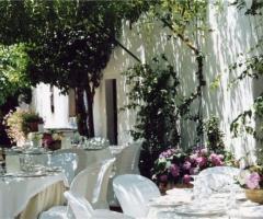 Tavoli per il buffet di matrimonio
