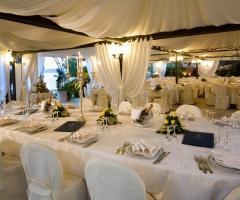 Ricevimento di matrimonio in riva al mare - Grotta del Conte