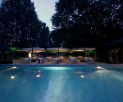 Yu Resort & Wellness - Ricevimento di nozze in piscina