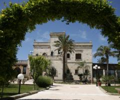Arco d'ingresso a Masseria Grottella