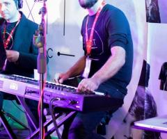 Exit Music - Alla tastiera ...