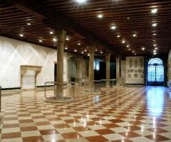 Sala delle Colonne per il ricevimento nuziale