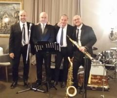 Lello Scazzariello and Swingers & Dixie Band - Musica dal ristorante