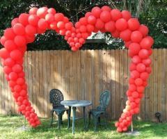 La Pirotecnica Pugliese - Arco con palloncini per gli sposi