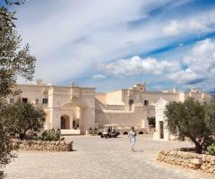 Borgo Egnazia - Una vista tra gli ulivi