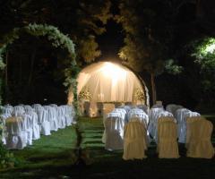 La Terra degli Aranci - Cerimonia di nozze in giardino di sera
