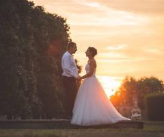 Dario Imparato Foto - Sposi romanticamente insieme