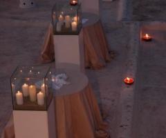 Particolare dell\'allestimento per il ricevimento di matrimonio sul terrazzo Marocco