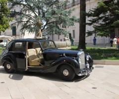 Antony Live - Noleggio auto d'epoca a Lecce