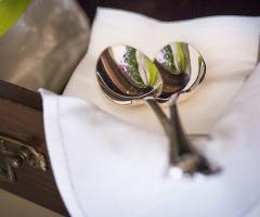 Tovagliato in argento per il matrimonio