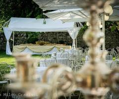Abbazia di Sant'Andrea in Flumine - Allestimento vintage per il matrimonio