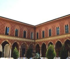 Palazzo Trocchi - Il cortile di giorno