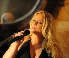 Luciana Carbonara - voce femminile