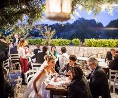 Elisabetta D'Ambrogio Wedding Planner - La sposa ai tavoli