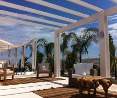 COCO - Beach Club & Eventi di Classe - Allestimento lounge per il matrimonio
