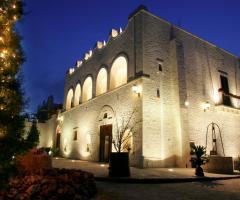 Villa Menelao - Location illuminata per un matrimonio di sera