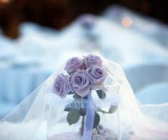 Centrotavola di rose con perle