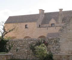 Masseria Bonelli - Un vista laterale della masseria