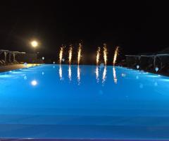 Casale del Murgese - Giochi di luci in piscina