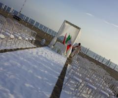 Castello Miramare - Allestimento di una cerimonia nuziale all'aperto
