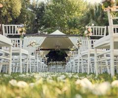 Masseria Montalbano - Allestimento per il rito di nozze all'aperto