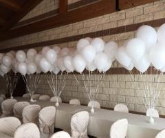 Bang Bang Wedding - Addobbo con palloncini bianchi