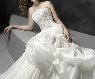 sports shoes c32e5 84b10 Casa della Sposa - Abiti da sposa, da sposo, da cerimonia e ...