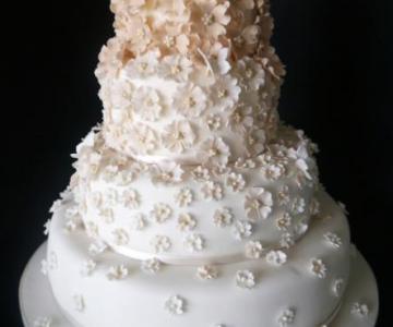 Bomboniere Matrimonio Pasta Di Zucchero.Incanto Di Zucchero Torte Nuziali Ad Acireale Catania