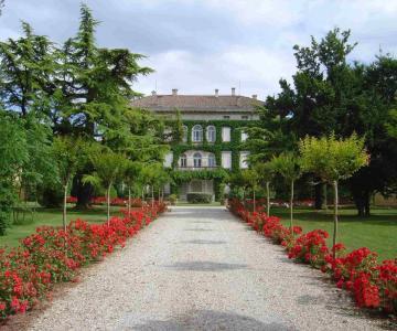 Tenuta di Angoris - Villa Locatelli