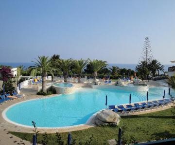 Matrimonio Spiaggia Tropea : Matrimonio in calabria in una location da sogno matrimonio in