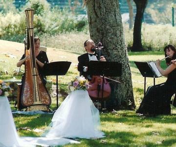 Trio Tomasello