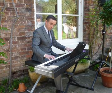 Flavio Bucci Pianista